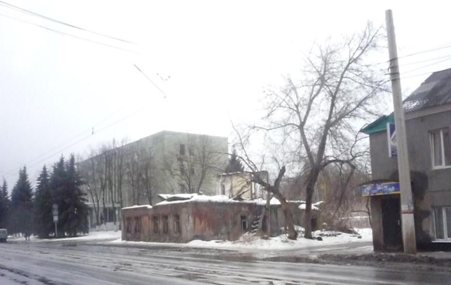 Часть бывшей Авраамовской улицы в г. Курске, где в 1914 –1921 гг. находилась булочная турецкого подданного Кеварка Титасянца. 2012. Фото Елены Викторовны Сергеевой.