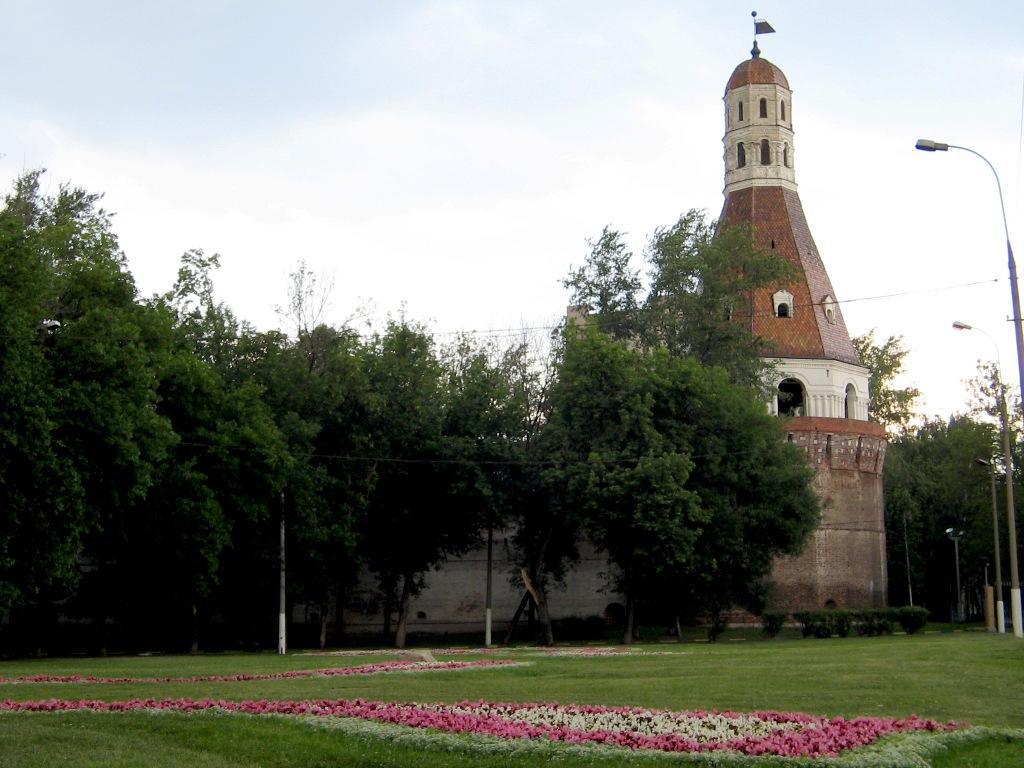 Рисунок 3.Соляная башня Симонового монастыря