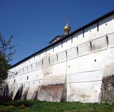 Фото 4.Стена крепости